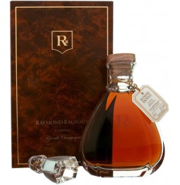 "Коньяк Raymond Ragnaud, ""Hors d'Age"", in cristal decanter, gift box, 0.7 л"